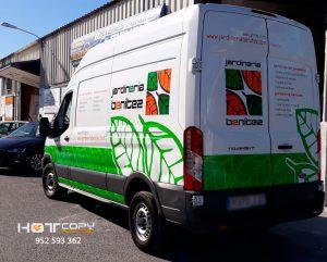 Jardinería Benítez, decoración de furgoneta