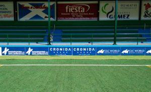 impresión de rotulo valla clud la costa campo de futbol
